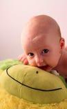 behandla som ett barn att le Fotografering för Bildbyråer