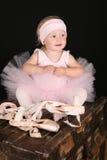 behandla som ett barn ballerinaen Royaltyfri Foto