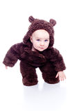 behandla som ett barn björnnallen arkivbilder