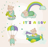 Behandla som ett barn björnuppsättningen - baby showerkort Royaltyfria Bilder