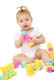 behandla som ett barn block färgat leka Arkivfoto