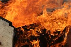behandla som ett barn brännskadan Arkivbilder