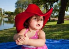 behandla som ett barn cowboyflickahatten Royaltyfri Bild