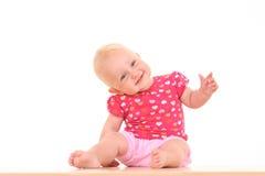 behandla som ett barn den älskvärda flickan Royaltyfria Foton