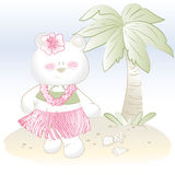 Behandla som ett barn den hawaianska flickabjörnen på stranden Royaltyfri Fotografi