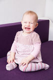 behandla som ett barn den skriande flickan Royaltyfri Foto
