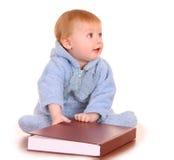 behandla som ett barn den stora läst red för boken pojken Arkivbilder