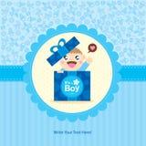 Behandla som ett barn designen för pojkehälsningkortet Arkivfoto
