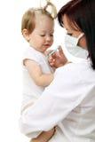 behandla som ett barn doktorn Royaltyfri Foto