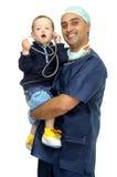 behandla som ett barn doktorn Royaltyfri Bild