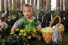 behandla som ett barn easter trädgårds- s Arkivfoton