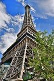 Behandla som ett barn & x27; Eiffel Tower& x27; i Las Vegas arkivfoton
