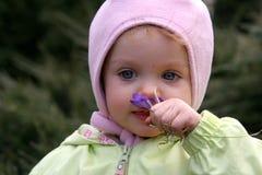 behandla som ett barn fjädern Royaltyfri Fotografi