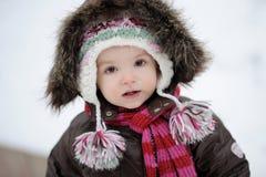 behandla som ett barn flickan little vintern Fotografering för Bildbyråer