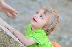 Behandla som ett barn fondness royaltyfri bild