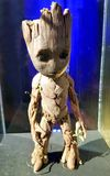 Behandla som ett barn Groot Maquette från förmyndare av galaxen Vol 2 Royaltyfria Bilder