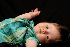 behandla som ett barn gulligt royaltyfria bilder