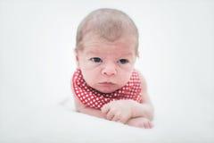 behandla som ett barn gulligt nyfött för pojke Royaltyfria Foton