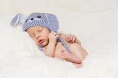 behandla som ett barn gulligt sova Royaltyfria Bilder