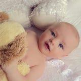 behandla som ett barn härliga stora blåa ögon Royaltyfri Foto
