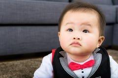 Behandla som ett barn hemma royaltyfri fotografi