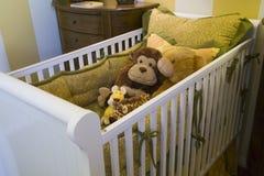 behandla som ett barn home lyx för sovrummet royaltyfria bilder