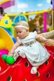 Behandla som ett barn i barnkammare Royaltyfri Fotografi