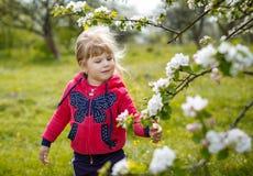 Behandla som ett barn kläder Royaltyfri Fotografi