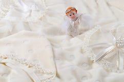 Behandla som ett barn kläder Arkivbilder