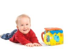 behandla som ett barn leka toys för pojken Arkivfoton