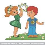 Behandla som ett barn lite flickan bär kransen för pojkevännen av Arkivfoto