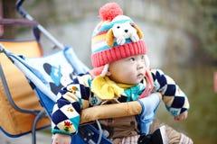 behandla som ett barn lycklig snow Fotografering för Bildbyråer