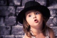 Behandla som ett barn lycklig tid Arkivfoton