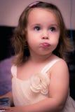 Behandla som ett barn lycklig tid Arkivfoto