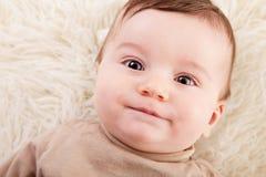 behandla som ett barn nyfiket Fotografering för Bildbyråer