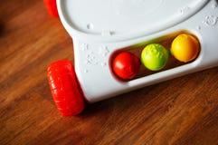 behandla som ett barn objekt för frukt för mat för bakgrundsmappar isolerade illustrationen som stil där toy vektorgrönsaker Royaltyfri Fotografi
