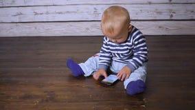 Behandla som ett barn och mobil hd lager videofilmer