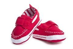 behandla som ett barn röda skor Royaltyfri Fotografi