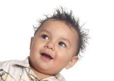 behandla som ett barn roligt hår för pojken Arkivbild