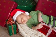 behandla som ett barn sömnig jul Arkivfoton