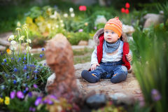Behandla som ett barn sammanträde Royaltyfria Bilder