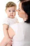 behandla som ett barn se mödrar över skulder Fotografering för Bildbyråer