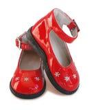 behandla som ett barn skon för red för flickaläderpatent Royaltyfri Fotografi