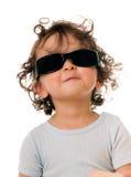 behandla som ett barn solglasögon royaltyfri foto