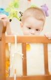 behandla som ett barn sunen för illusytrationen för pojkebuggyoklarheter Royaltyfria Foton