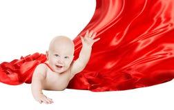 Behandla som ett barn superheroen, barnflyg för toppen hjälte i röd stålmanudde royaltyfri bild