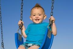 behandla som ett barn swing Fotografering för Bildbyråer