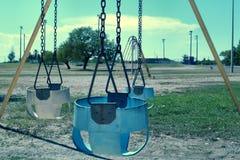 behandla som ett barn swings Royaltyfria Foton