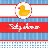 behandla som ett barn text för duschen för bakgrundskaninkortet gullig blom- Arkivbild