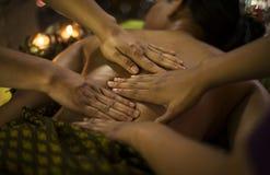 Behandling för skönhet för asiatisk massagebrunnsort naturlig organisk Royaltyfria Bilder